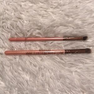 NWT Luxie rose gold brush set